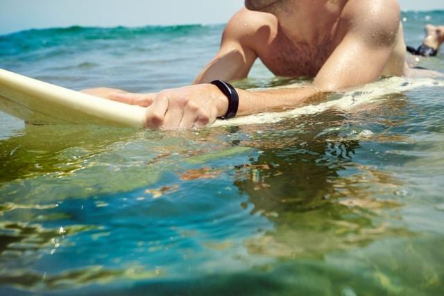 ACTIVE_Sergio_Surfing-2_HiRes_Expires_Oct_2016 edit